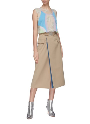Figure View - Click To Enlarge - Maison Margiela - Layered colourblock panel Chantilly lace sleeveless top