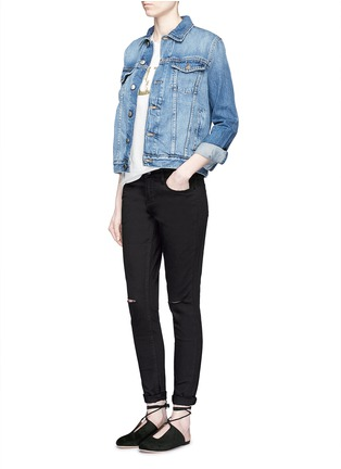 Figure View - Click To Enlarge - Mo&Co. - Ripped knee skinny jeans