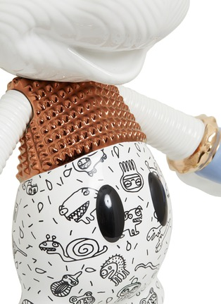 Detail View - Click To Enlarge - BOSA - x Disney Mickey Forever Young sculpture