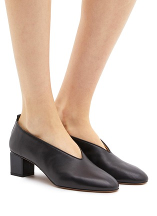 b0af880d88c Figure View - Click To Enlarge - Gray Matters -  Mildred  geometric heel  choked