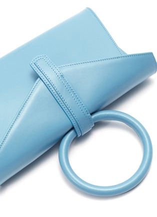 - COMPLÉT - 'Valery' ring handle mini leather envelope clutch