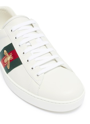 Detail View - Click To Enlarge - GUCCI - 'Ace' bee embroidered Web stripe leather sneakers