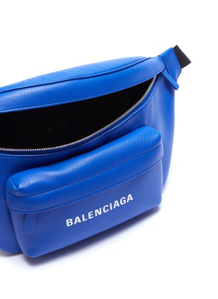 Detail View - Click To Enlarge - Balenciaga - 'Everyday' logo print leather bum bag