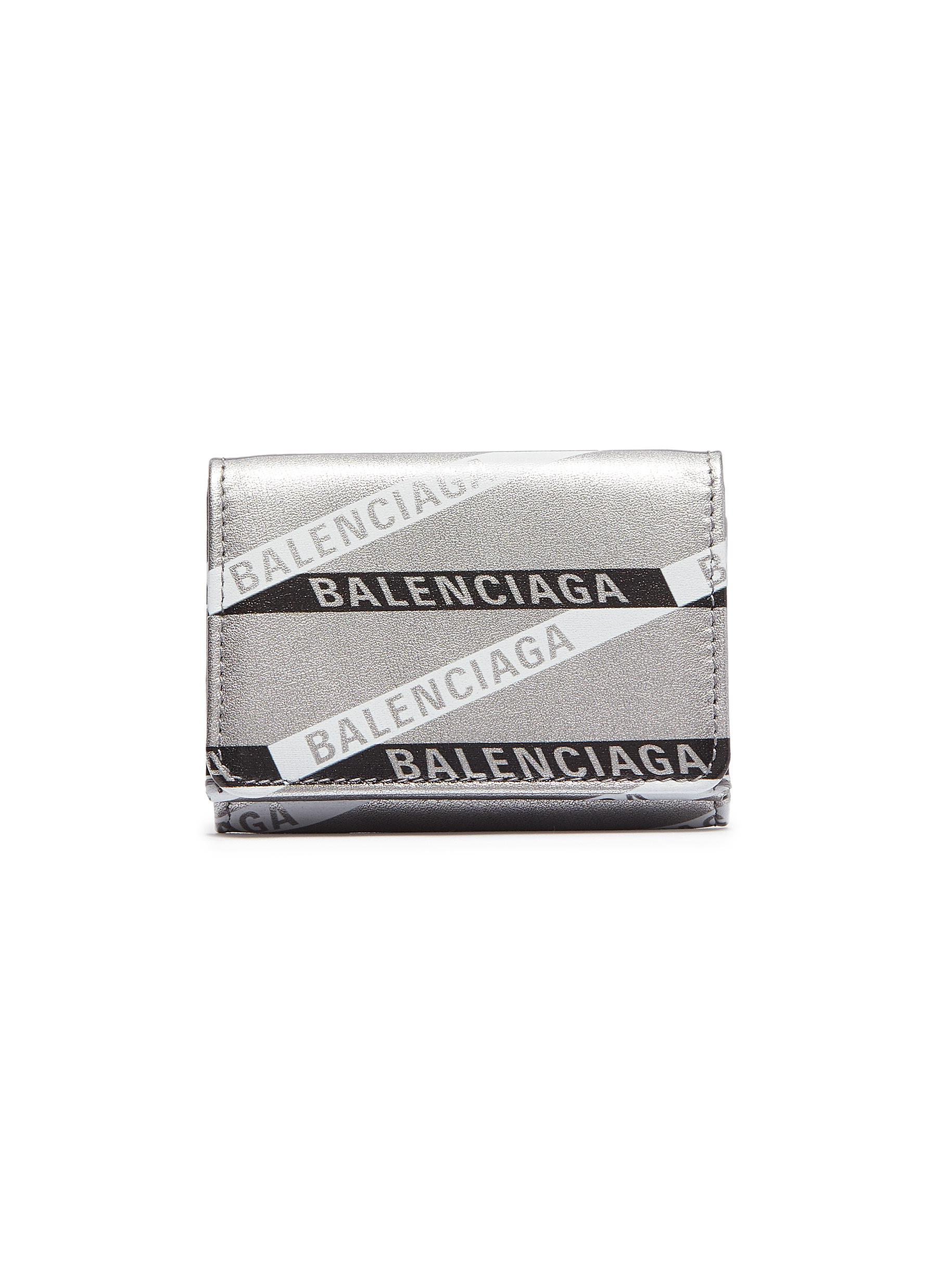 b3b2c1255218 Main View - Click To Enlarge - Balenciaga -  Monogram Everyday  logo print  metallic