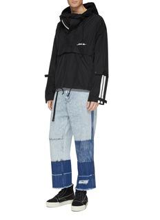 INDICE STUDIO 'Dean' belted colourblock jeans