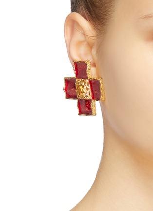 Figure View - Click To Enlarge - STAZIA LOREN - Diamanté cross stud clip earrings