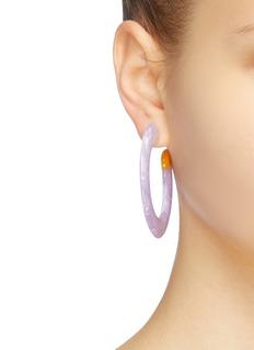 Cult Gaia Mira' marble effect hoop earrings