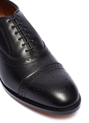 Detail View - Click To Enlarge - ALLEN EDMONDS - 'Strand' leather brogue Oxfords