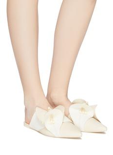 Mercedes Castillo 'Fresia' floral appliqué leather slides