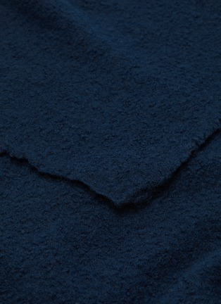 Detail View - Click To Enlarge - ANDRÉ FU LIVING - Amarone blanket –Dark Blue