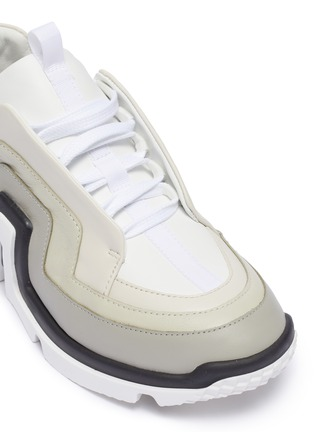 Detail View - Click To Enlarge - PIERRE HARDY - 'Vibe' wavy panel chunky leather sneakers