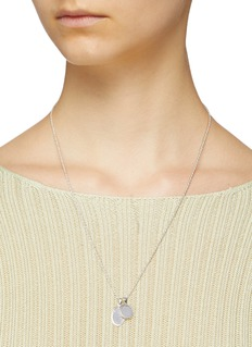 númbering Double disc charm pendant necklace