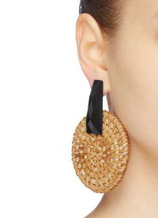 Figure View - Click To Enlarge - KENNETH JAY LANE - Faceted stud rattan circle drop earrings
