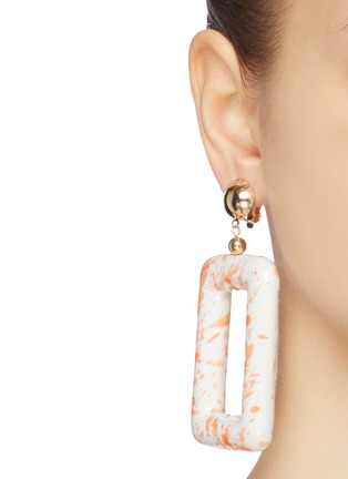 Figure View - Click To Enlarge - KENNETH JAY LANE - Ceramic rectangle drop clip earrings