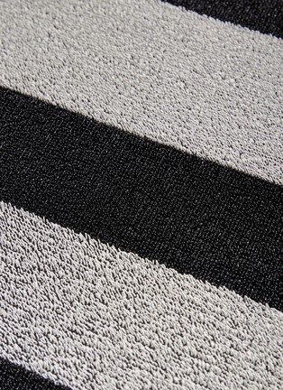 Detail View - Click To Enlarge - CHILEWICH - Shag Bold Stripe doormat