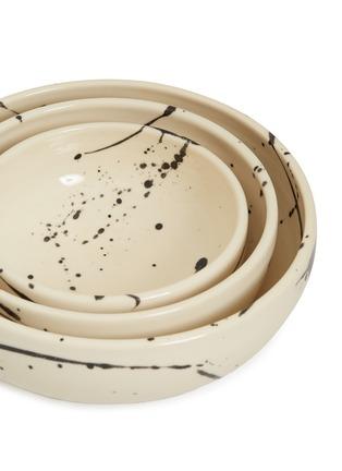 Detail View - Click To Enlarge - CHRIS EARL - Nesting serving bowl set – Black Splatter