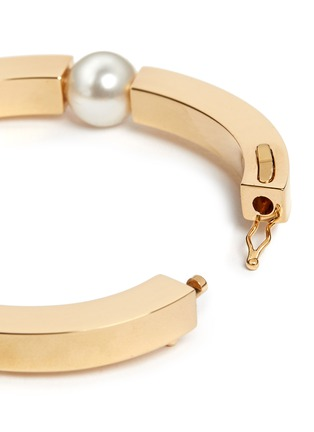 Detail View - Click To Enlarge - Chloé - 'Darcey' Swarovski crystal pearl bangle