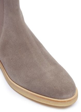 Detail View - Click To Enlarge - COMMON PROJECTS - Suede Chelsea boots