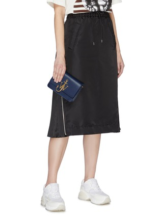 Front View - Click To Enlarge - JW ANDERSON - 'Logo' plate mini leather crossbody bag
