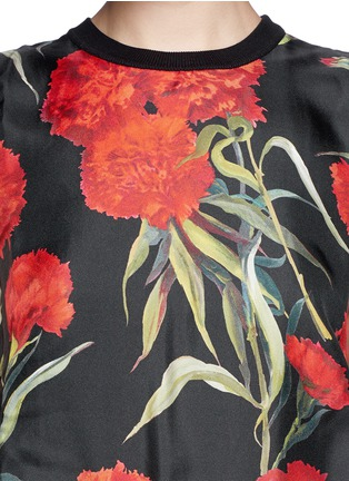 Detail View - Click To Enlarge - Dolce & Gabbana - Carnation print silk front sleeveless top