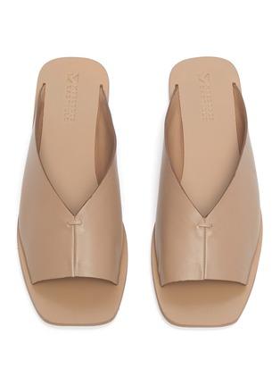 Detail View - Click To Enlarge - MERCEDES CASTILLO - 'Geri' V-throat leather slide sandals