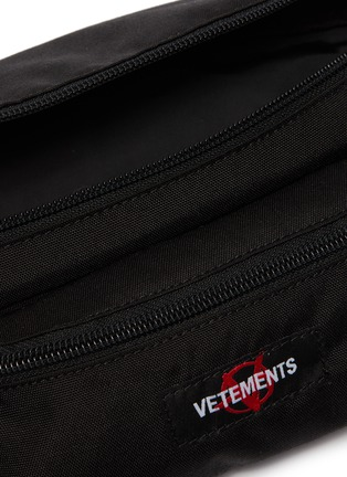 Detail View - Click To Enlarge - VETEMENTS - 'Anarchy' bum bag