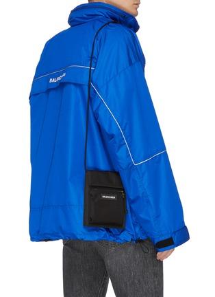 Figure View - Click To Enlarge - BALENCIAGA - 'Explorer' logo patch zip pouch