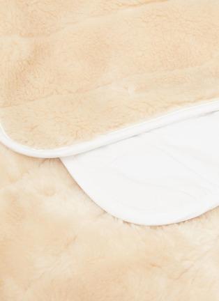 Detail View - Click To Enlarge - SHLEEP - The ShleepSkin™ blanket – White/Oatmeal