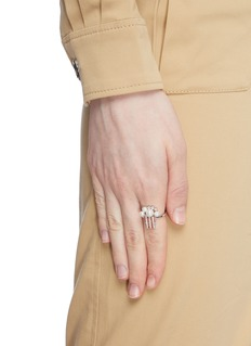 HEFANG 'Popcorn' cubic zirconia shell pearl open ring