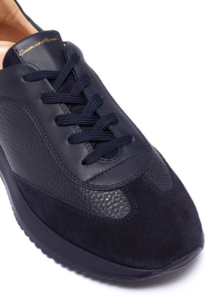 Detail View - Click To Enlarge - GIANVITO ROSSI - 'Grand Prix' suede trim leather sneakers