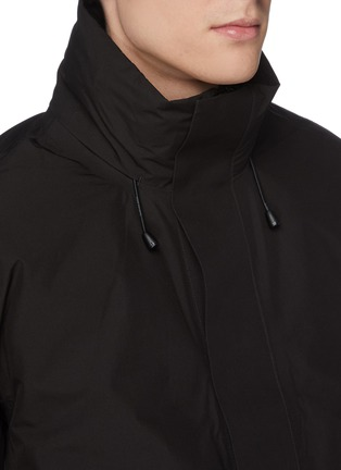 Detail View - Click To Enlarge - NORSE PROJECTS - 'Ystad' retractable hood Gore-Tex down waterproof jacket