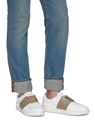 Figure View - Click To Enlarge - VALENTINO - Valentino Garavani 'Open' colourblocked leather sneakers