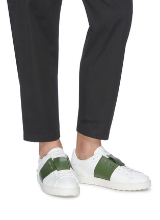 Figure View - Click To Enlarge - VALENTINO - 'Open' colourblock leather sneakers