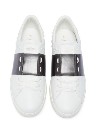 Detail View - Click To Enlarge - VALENTINO - 'Open' metallic colourblocked leather sneakers