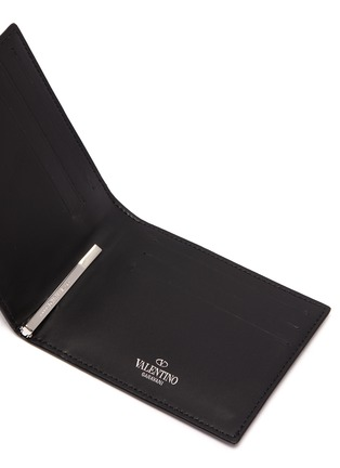 Detail View - Click To Enlarge - VALENTINO - Logo print leather clip bifold wallet