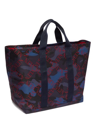 Detail View - Click To Enlarge - VALENTINO - 'VLTN Grid' print VRing camouflage tote bag