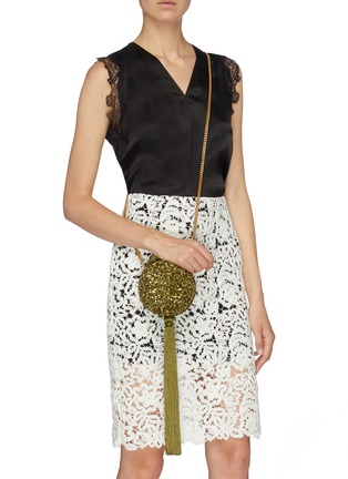 Front View - Click To Enlarge - OSCAR DE LA RENTA - Sequin tassel billiard clutch