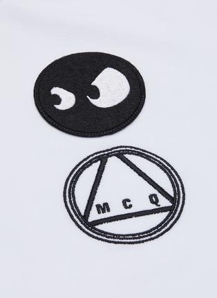 - MCQ ALEXANDER MCQUEEN - Mix appliqué polo shirt