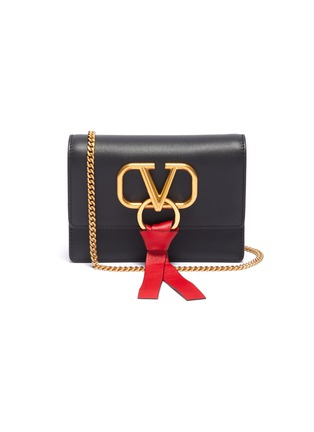 Main View - Click To Enlarge - VALENTINO - 'VRing' leather chain clutch