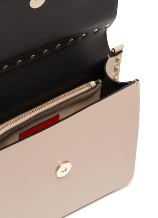 Detail View - Click To Enlarge - VALENTINO - Valentino Garavani 'Rockstud' small leather shoulder bag