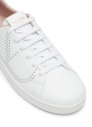 Detail View - Click To Enlarge - VALENTINO - 'Backnet' perforated VLOGO leather sneakers