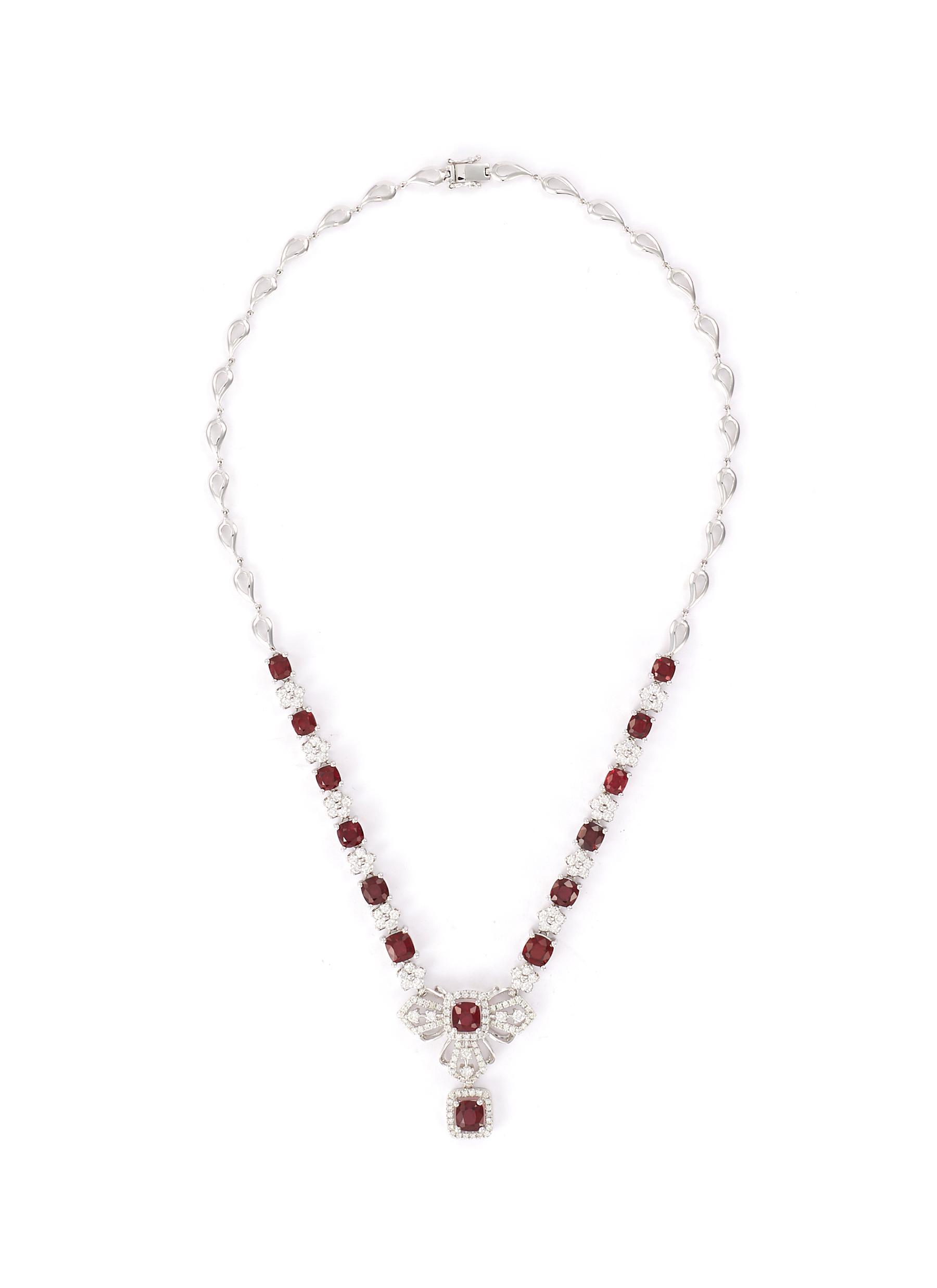 Diamond sapphire 18k white gold pendant necklace