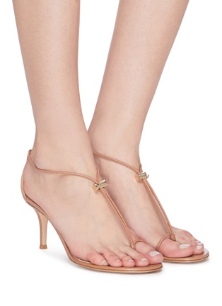Figure View - Click To Enlarge - GIANVITO ROSSI - Toe ring toggle leather strap sandals
