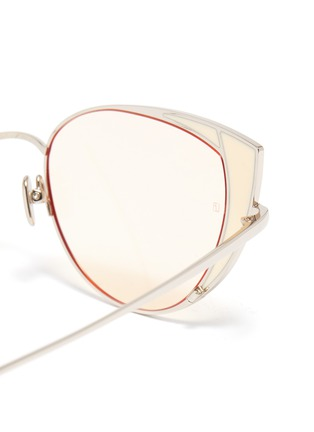 Detail View - Click To Enlarge - LINDA FARROW - 'Des Voeux' contrast corner metal cat eye sunglasses