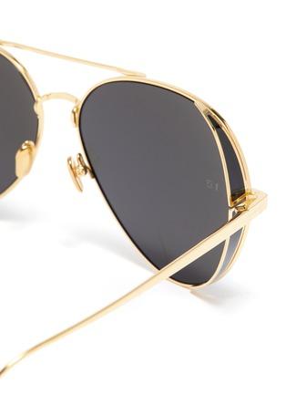 Detail View - Click To Enlarge - LINDA FARROW - Spoiler metal aviator sunglasses
