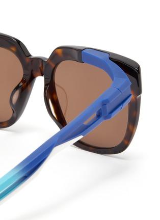 Detail View - Click To Enlarge - BALENCIAGA - 'Hybrid' cutout temple tortoiseshell acetate D-frame sunglasses