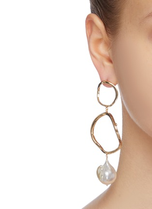 Figure View - Click To Enlarge - JOANNA LAURA CONSTANTINE - 'Feminine Waves' pearl hoop drop earrings