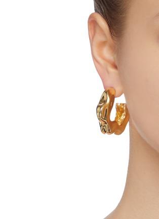 Figure View - Click To Enlarge - JOANNA LAURA CONSTANTINE - 'Feminine Waves' hoop earrings
