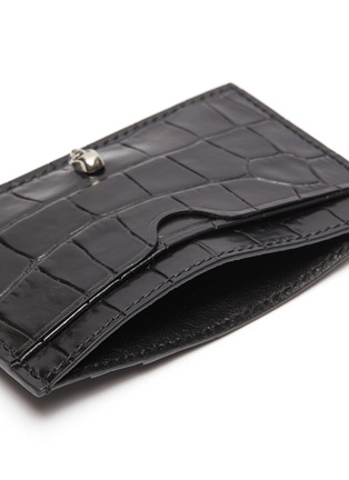 Detail View - Click To Enlarge - ALEXANDER MCQUEEN - Skull charm croc embossed leather card holder