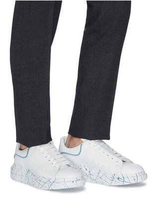 Figure View - Click To Enlarge - ALEXANDER MCQUEEN - 'Oversized Sneaker' in leather with paint splat outsole